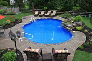 Vinyl Free Form Shape Swimming Pool with Medium Blue Water Color