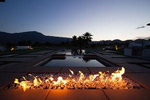 Cabaret – Sleek Stone and Pebble Fire Pit