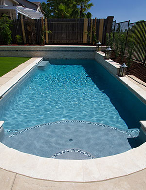 Classic – Roman Shaped Pool with crystal blue waters