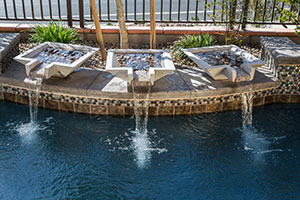 Rustic – Three Water Bowls Flow into a Rustic Pool